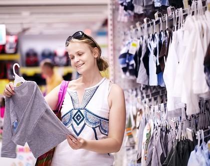 Kinderbekleidung kann schädliche Giftstoffe enthalten