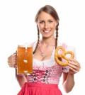 Zünftige Brotzeit und bayerische Tracht