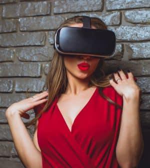 Women wis wearable technologie